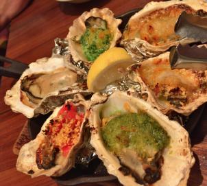 アーバンな横浜でちょいちょい牡蠣を楽しもう ジャックポット・みなとみらい(横浜市桜木町)