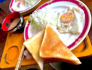 トーストと味噌汁の不思議なモーニング!鳥取では当たり前なんですか? 蕗(米子市・米子駅)